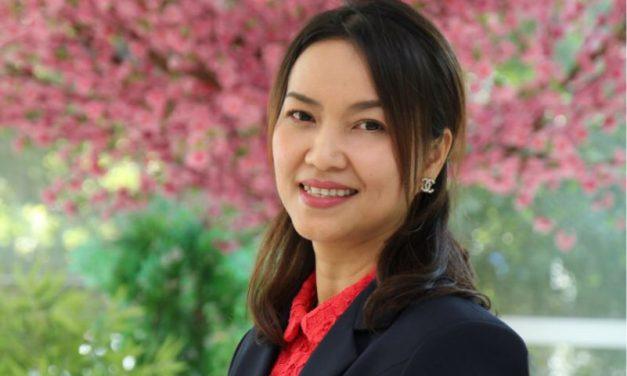 ดร.บุญญาดา  นาสมบูรณ์<br>Dr.BOONYADA NASOMBOON<br>ผู้อำนวยการหลักสูตรบริหารธุรกิจญี่ปุ่น บริหารธุรกิจมหาบัณฑิต (MBJ)